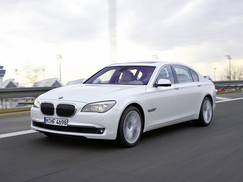 Фото автомобиля BMW 7 серия F01/F02, ракурс: 45