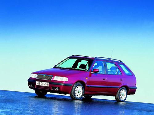 Фото автомобиля Skoda Felicia 1 поколение [рестайлинг], ракурс: 45