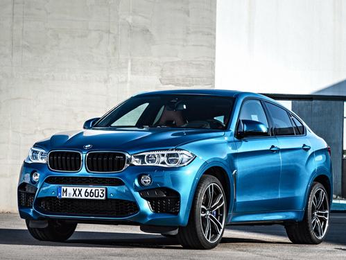 Фото автомобиля BMW X6 M F86, ракурс: 45 цвет: голубой