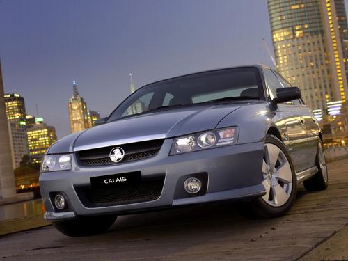 Фото автомобиля Holden Calais 3 поколение, ракурс: 45