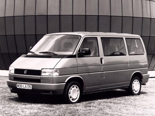 Фото автомобиля Volkswagen Transporter T4, ракурс: 45