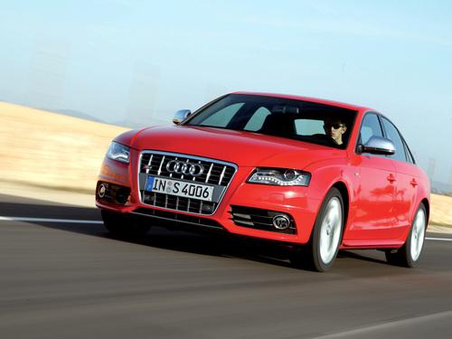 Фото автомобиля Audi S4 B8/8K, ракурс: 45