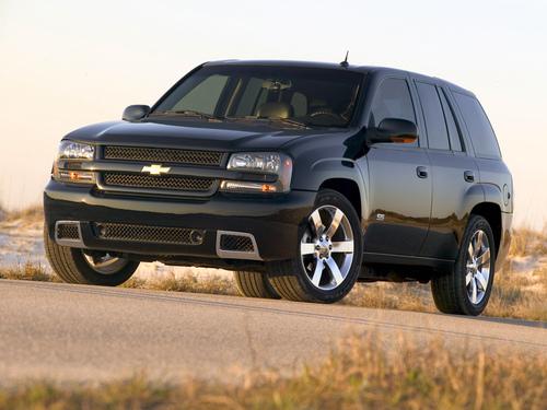 Фото автомобиля Chevrolet TrailBlazer 1 поколение [рестайлинг], ракурс: 45