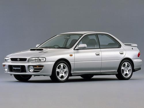 Фото автомобиля Subaru Impreza 1 поколение [рестайлинг], ракурс: 45 цвет: серебряный