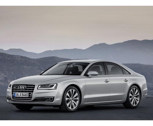 Фото автомобиля Audi A8 D4/4H [рестайлинг], ракурс: 45 цвет: серебряный