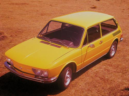 Фото автомобиля Volkswagen Brasilia 1 поколение, ракурс: 45