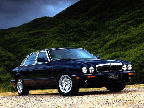 Фото автомобиля Jaguar XJ X308 [рестайлинг], ракурс: 45