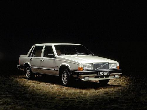 Фото автомобиля Volvo 760 1 поколение, ракурс: 315