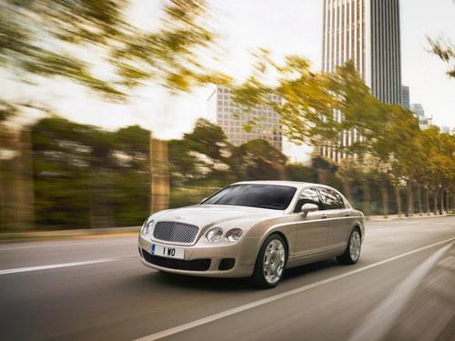 Фото автомобиля Bentley Continental 3 поколение [рестайлинг], ракурс: 45