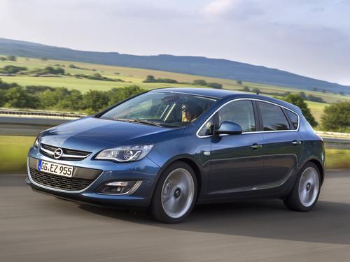 Фото автомобиля Opel Astra J [рестайлинг], ракурс: 45 цвет: синий
