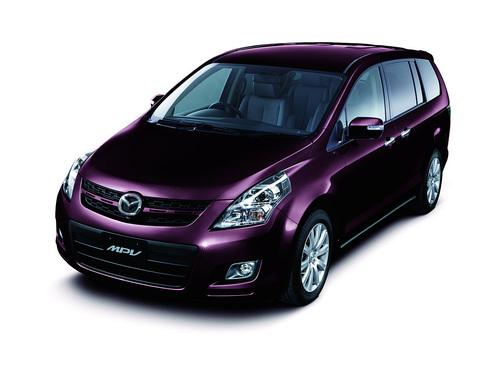 Фото автомобиля Mazda MPV LY, ракурс: 45