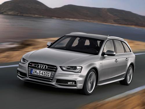 Фото автомобиля Audi S4 B8/8K [рестайлинг], ракурс: 45 цвет: серебряный