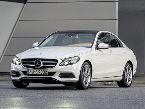 Фото автомобиля Mercedes-Benz C-Класс W205/S205/C205, ракурс: 45 цвет: белый