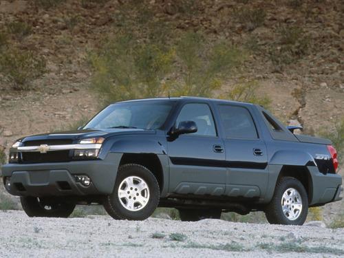 Фото автомобиля Chevrolet Avalanche 1 поколение, ракурс: 45