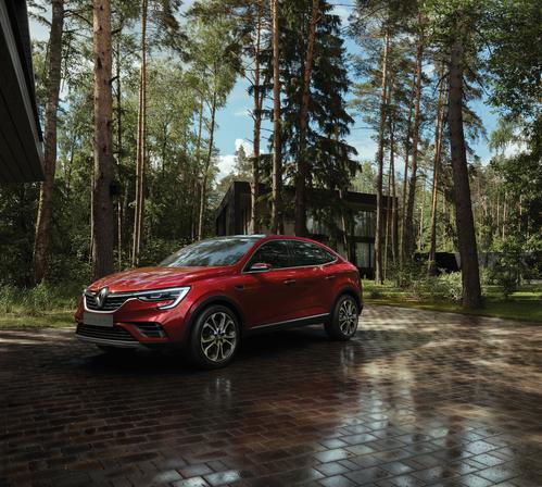 Фото автомобиля Renault Arkana 1 поколение, ракурс: 45 цвет: красный
