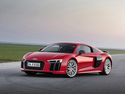 Фото автомобиля Audi R8 2 поколение, ракурс: 45 цвет: красный