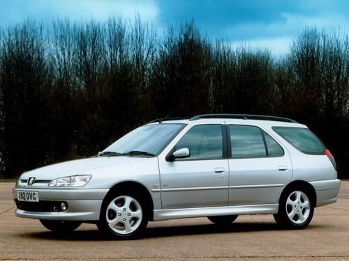 Фото автомобиля Peugeot 306 1 поколение [рестайлинг], ракурс: 45