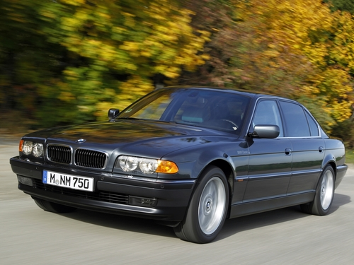 Фото автомобиля BMW 7 серия E38 [рестайлинг], ракурс: 45