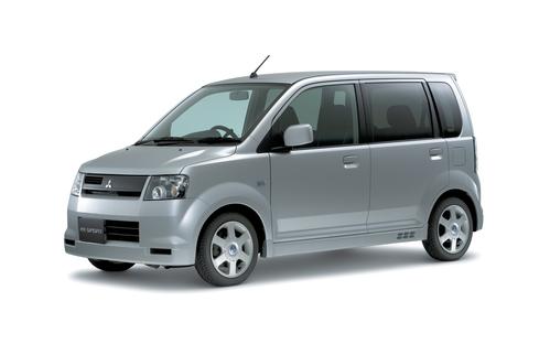 Фото автомобиля Mitsubishi eK H81W, ракурс: 45 цвет: серый