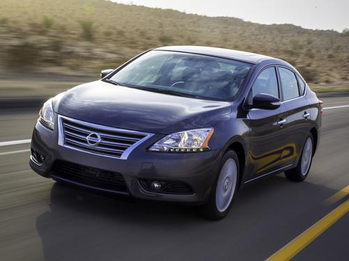 Фото автомобиля Nissan Sentra B17, ракурс: 45 цвет: серый