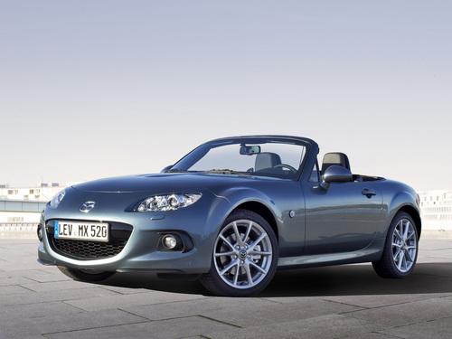 Фото автомобиля Mazda MX-5 NC [2-й рестайлинг], ракурс: 45 цвет: серый