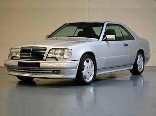 Фото автомобиля Mercedes-Benz E-Класс W124 [2-й рестайлинг], ракурс: 45