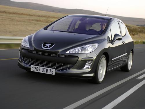 Фото автомобиля Peugeot 308 T7, ракурс: 45
