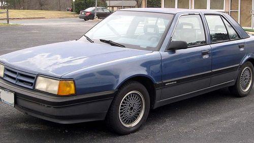 Фото автомобиля Dodge Monaco 4 поколение, ракурс: 45