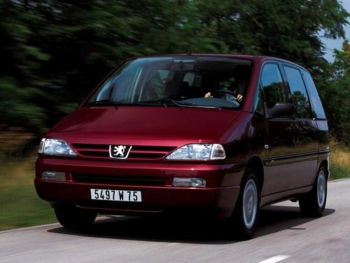 Фото автомобиля Peugeot 806 221 [рестайлинг], ракурс: 45