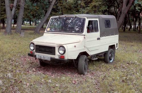 Фото автомобиля ЛуАЗ 1302 1 поколение, ракурс: 45