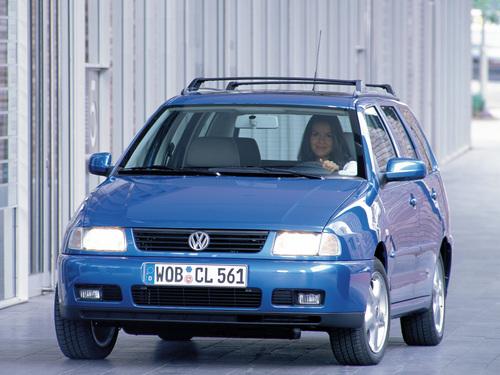 Фото автомобиля Volkswagen Polo 3 поколение, ракурс: 45
