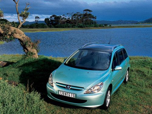 Фото автомобиля Peugeot 307 1 поколение, ракурс: 45
