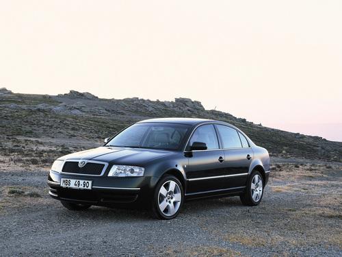 Фото автомобиля Skoda Superb 1 поколение, ракурс: 45