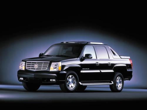 Фото автомобиля Cadillac Escalade 2 поколение, ракурс: 45
