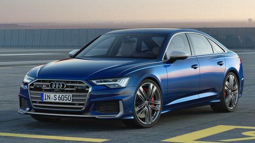 Фото автомобиля Audi S6 C8, ракурс: 45 цвет: синий