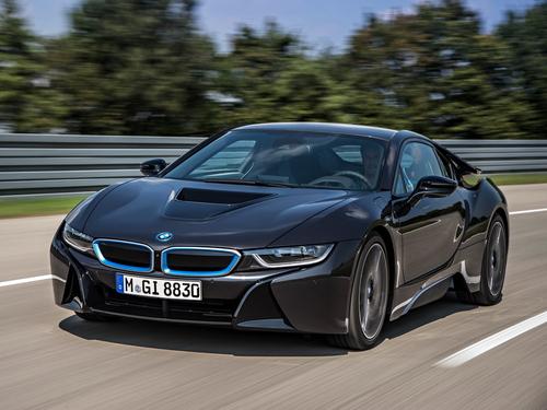 Фото автомобиля BMW i8 I12, ракурс: 45 цвет: серый