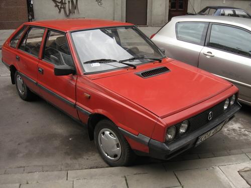 Фото автомобиля FSO Polonez 1 поколение [рестайлинг], ракурс: 45