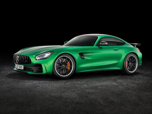 Фото автомобиля Mercedes-Benz AMG GT C190 [рестайлинг], ракурс: 45 цвет: зеленый