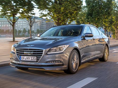 Фото автомобиля Hyundai Genesis 2 поколение, ракурс: 45 цвет: серебряный