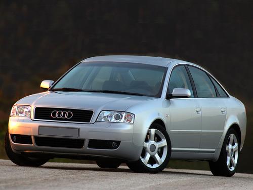 Фото автомобиля Audi A6 4B/C5 [рестайлинг], ракурс: 45 цвет: серебряный