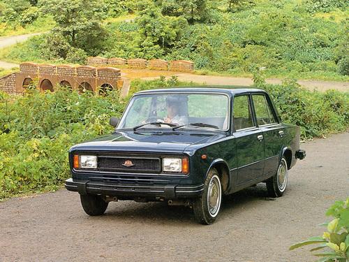Фото автомобиля Premier 118NE 1 поколение, ракурс: 45