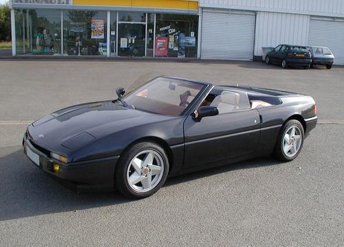 Фото автомобиля Venturi 210 1 поколение, ракурс: 45