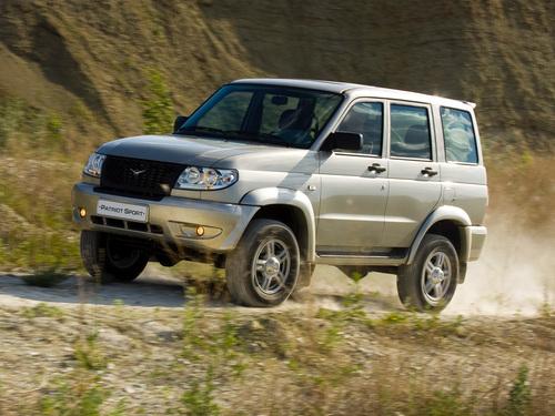 Фото автомобиля УАЗ Patriot 1 поколение, ракурс: 45 цвет: бежевый