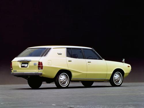 Фото автомобиля Nissan Skyline C110, ракурс: 225