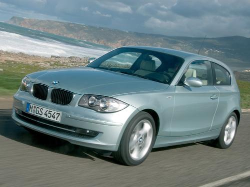 Фото автомобиля BMW 1 серия E81/E82/E87/E88 [рестайлинг], ракурс: 45 цвет: серебряный