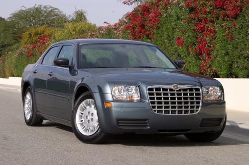 Фото автомобиля Chrysler 300C 1 поколение, ракурс: 315