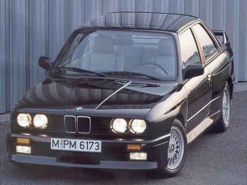 Фото автомобиля BMW M3 E30, ракурс: 45