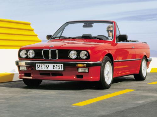 Фото автомобиля BMW 3 серия E30, ракурс: 45