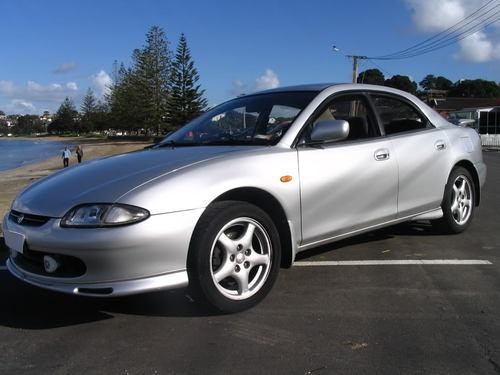 Фото автомобиля Mazda Lantis 1 поколение, ракурс: 45