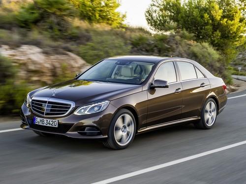 Фото автомобиля Mercedes-Benz E-Класс W212/S212/C207/A207 [рестайлинг], ракурс: 45 цвет: коричневый
